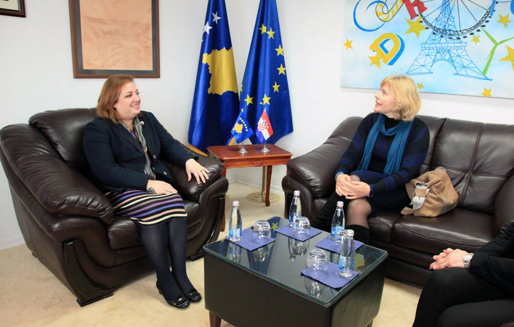 Deputy Minister Statovci-Demaj hosted in a meeting the Croatian delegation