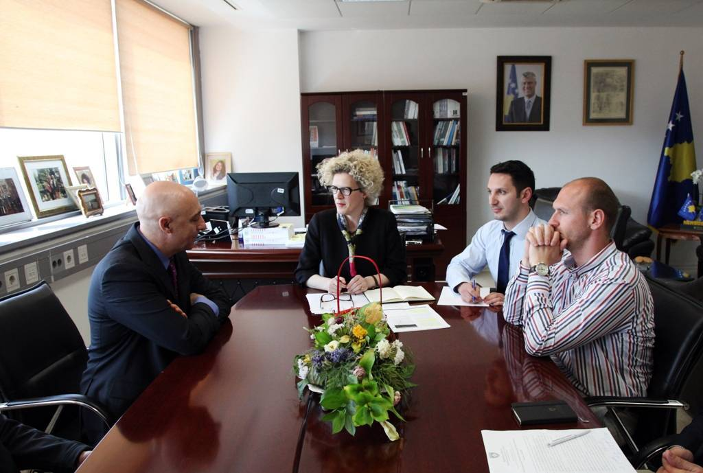 Minister Ahmetaj hosted in a meeting the Director of the World Bank Office Mr. Mantovanelli