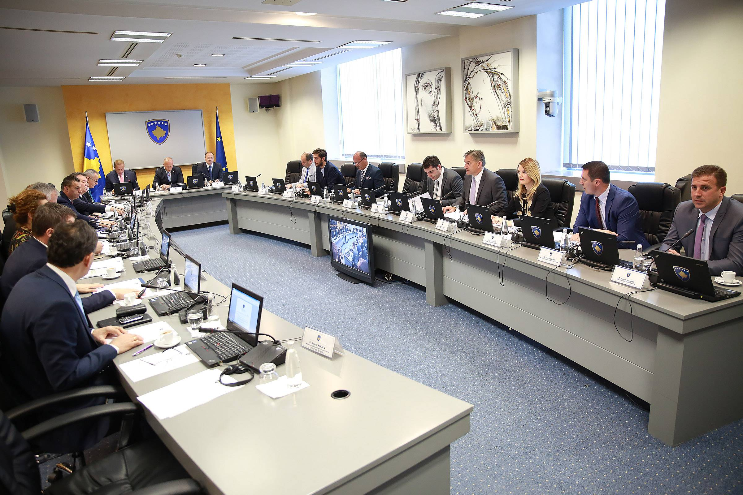 Minister Hoxha presented to the Government the recommendations of the Country Report, Progress depends on us